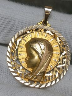 Big and tough pendant in 18 kt/750 gold, with image of the child Virgin