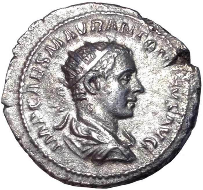 The Roman Empire - Elagabalus (218-222 AD) - AR Antoninianus (Silver, 24mm; 5,19g.), Rome mint - Radiate head / Victory - RIC IV, 155; BMC 32; RSC 291 a.
