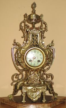 French table clock - 19th/20th century