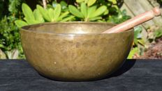 Antique hand-hammered Tibetan singing bowl 25 cm