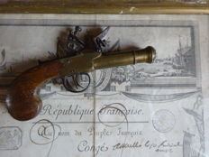 Navy flint pistol, a bronze reinforced barrel, late 18th century