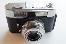 Mint Voigtlander Vito CL with bag, works like new