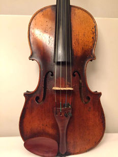 Very old fine violin - 1840