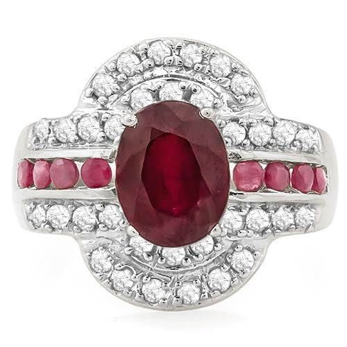 14k  White Gold Ring  ruby   and 34 Diamonds 0.6 ct Total   - size US 7