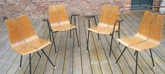 Hans Bellman Ga Horgen Glarus – Set of 2 armchairs and 2 chairs. Shipping possible.