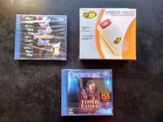 Sega Dreamcast Virtua Fighter 3 TB , Tomb Raider Chronicles and MAD CATZ Force Pack