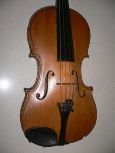 "Beautiful ""flamed"" old German violin, 100+ years"