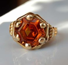 Ring in 18 kt yellow gold with octagonal citrine - NO RESERVE -