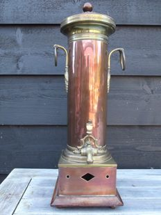 Empire coffee urn - red and yellow copper - Holland - ca 1820
