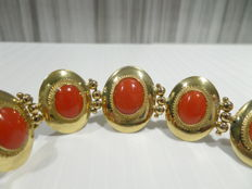 Bracelet Yellow Gold 18 Kt, Natural Red Mediterranean Coral ,Year '70, NO RESERVE