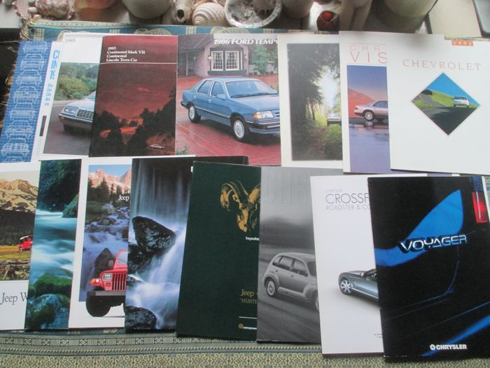 Car brochures (Chrysler/Ford USA/Jeep/Lincoln, 15x, 1981-2000)