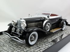 Minichamps - Scale 1/18 - Duesenberg Model J Torpedo Convertible Coupe - 1929