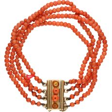 14 kt - Yellow gold bracelet with precious corals - Length: 19 cm