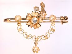Antique Victorian strass stone and pearl gold brooch - **No reserve price**