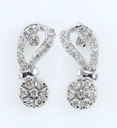IGI Certified 18 kt/750 White Gold Diamond Earrings - Diamonds 0.47 ct. -  15 mm x 5 mm