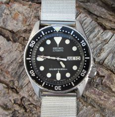 Vintage Seiko 10Bar Day Date SKX013 - Mens - 1998/08