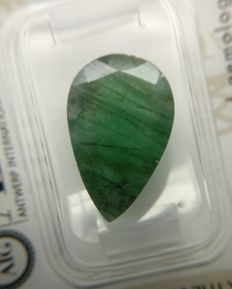 Emerald Green 7.41 ct    No Reserve Price