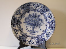 De Klaauw/Claauw - Plate made of Delft earthenware
