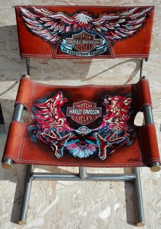 Harley Davidson - hand painted chair, signed by Moka - 1999