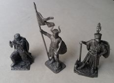 Knights Templars 3 knights 6,5 cm.Made of tin.