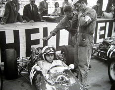 John Surtees, Ferrari 158 #18 - Grand Prix Monaco 1965