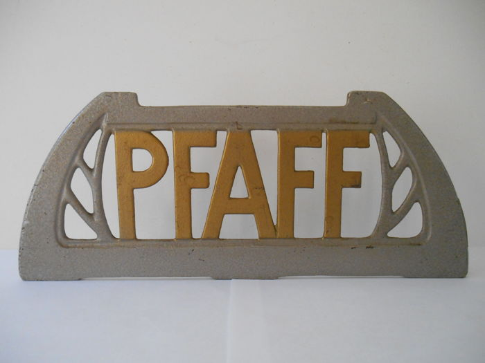 Advertising sign in cast iron for Pfaff from 1900