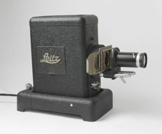 "Slide projector ""Leitz - VIIIs"" with Leitz Hektor 2.5 / 85 (1937 - 1951)"