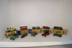 Lesney Matchbox Yesteryear - Various scales - Lot with London 'E' Class Tramcar Y3-1 - Duke of Connaught Y14-1 - Le Mans Bentley Y5-1 & 4,5ltr Bentley Y5-2 - Bugatti Y6-2 - Mercer Raceabout Y7-2 - Renault Y2-2 - Maxwell Roadster Y14-2 - Spyker Y16-1 - For