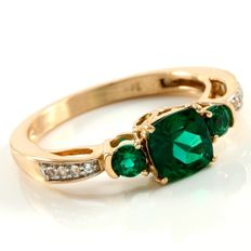 14k Rose Gold Ring 0.08 ct White Topaz  & 1.50 ct Created Emerald - size 7