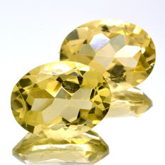 2 Citrine - 18.83 ct total