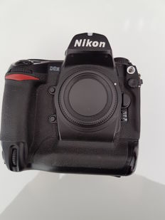 Nikon D2H body (without charger)