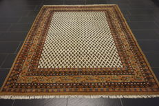 Magnificent hand-woven Oriental palace carpet, Sarouk Mir, 200 × 250 cm, made in India, excellent highland wool