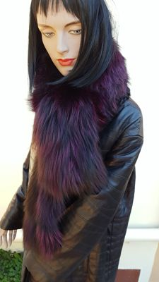 Huge silver fox dyed fur scarf (length 140 cm)