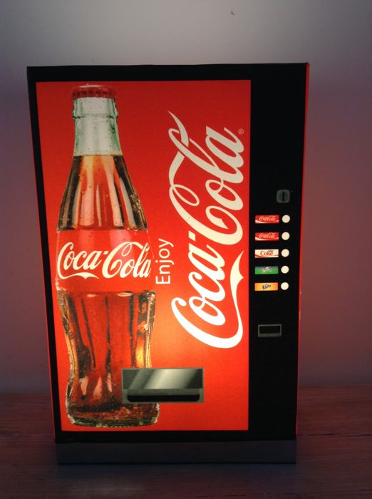 Coca-Cola table lamp after the model of a beverage machine - 21st century