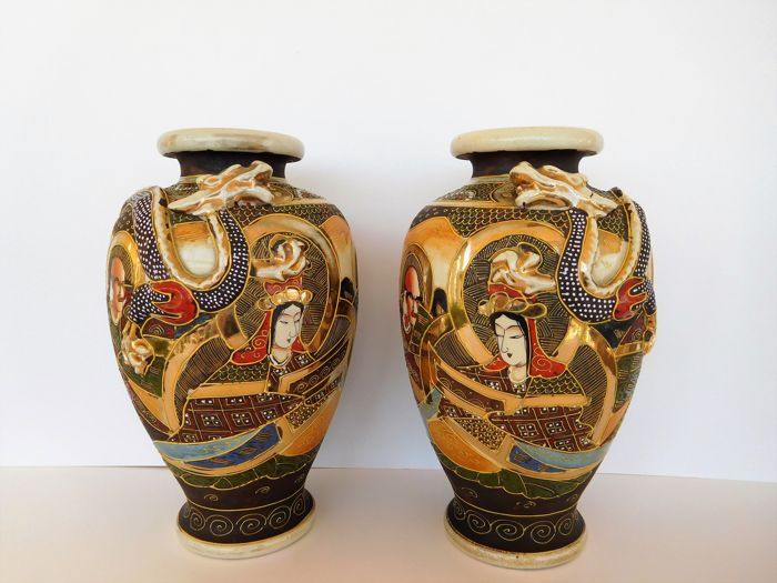 A Pair Of Satsuma Vases With Dragon Relief And Moriage Raised