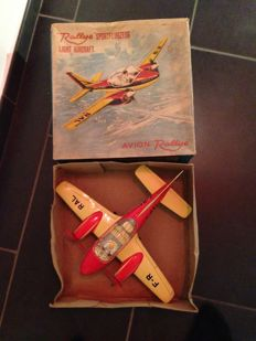 """Joustra, France - Wingspan 35 cm - Tin """"Ralley"""" Sport aircraft with friction motor, 1960s"""