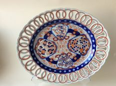 Large Imari dish – Japan – early 20th century