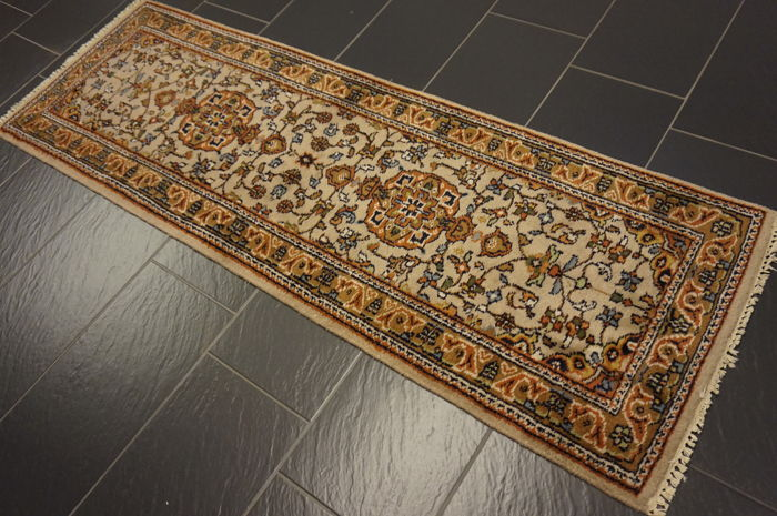 Splendid hand-knotted Indo Qom runner 70 x 205cm Made in India