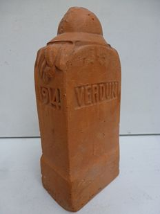 Verdun 1914-1918 terracotta sculpture