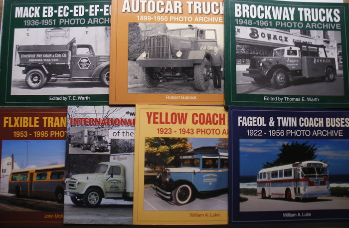Collection U.S.A. Truck & Bus Photo Archive Books