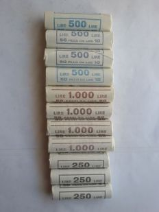 Republic of Italy - Lot of 550 Coins in 11 Rolls - UNC