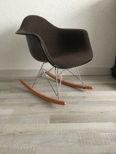 Charles and Ray Eamese for Herman Miller - Rocker Chair fibreglass RAR