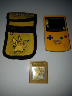 Game Boy Color Limited Pokémon Edition incl game