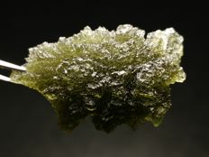 Natural Besednice Exclusive Moldavite - 36 x 23 x 12 mm - 7 gm - 35 ct