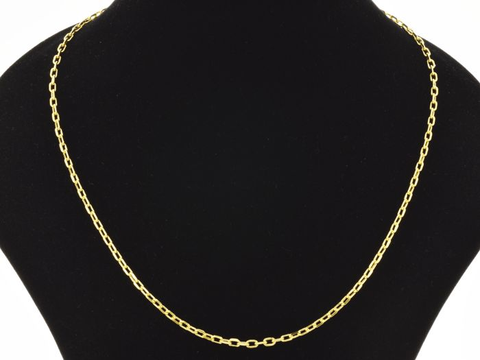 18k Gold Necklace. Chain - 50 cm. Weight 5.17 g. No reserve price.