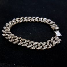 18 kt white gold bracelet with diamonds totalling 1.80 ct
