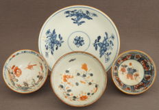 Field-pea coloured porcelain with lovely decorations - China - Kangxi period (1662–1772) and Qianlong period (1735–1796).