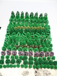 Scenery N - 210-piece lot with trees