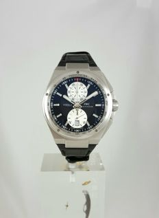 IWC - Big Ingenieur Chronograph Inverted Panda - IW378401 - Homme - 2013