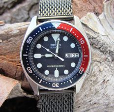 Seiko 10Bar Day Date SKX013 - Unisex - est. 2004